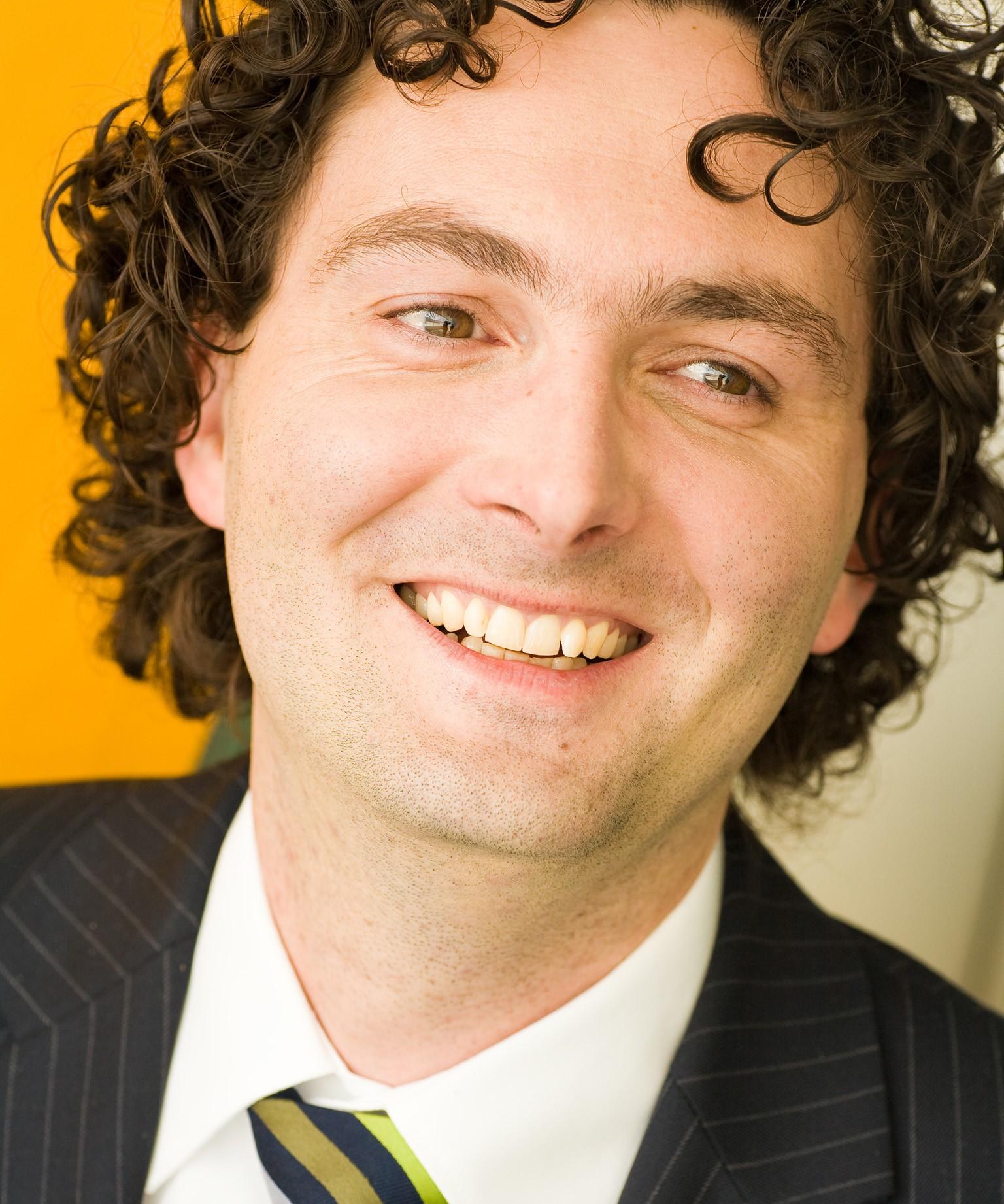 Dr. Axel Schell